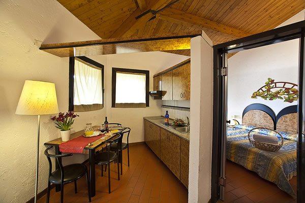 Camera familiare ideale per famiglie e bambini zi 39 martino for Costruito in armadi per camera familiare